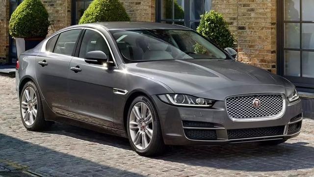 Jaguar-XE-Portfolio-2016-_4_.jpg